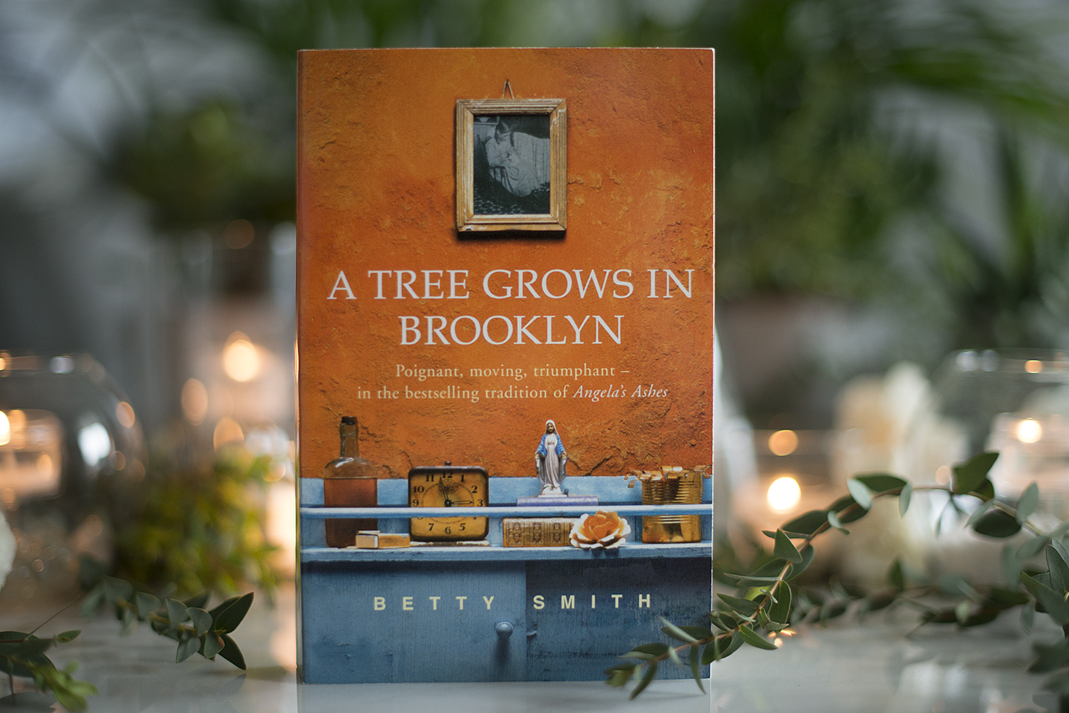 a tree grows in brooklyn assignment college essays The tree is described in the novel as a continual symbol of growth: there's a tree that grows in brooklyn, some people call it the tree of heaven no matter where its seed falls, it makes a tree.