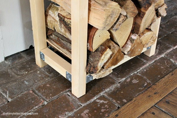 That's My Letter: Build an Indoor Log Holder