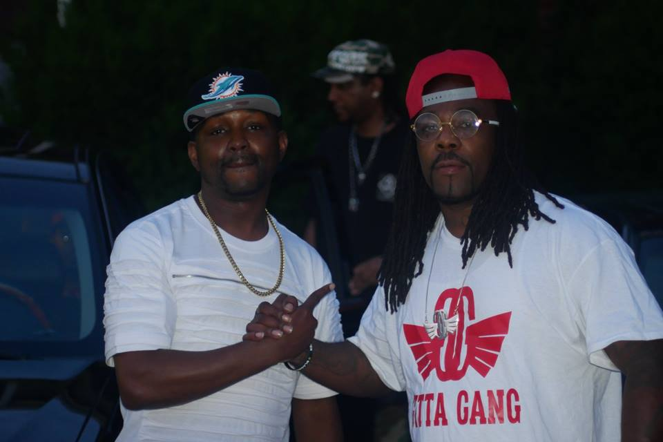 """#NewVideo Ron C Ft Shootah - """"Somebody Gone Buy It"""" #NowPlaying"""