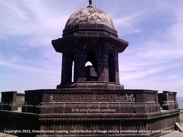 Shiv Samadhi - Shivaji Maharaj Tomb Raigad Fort