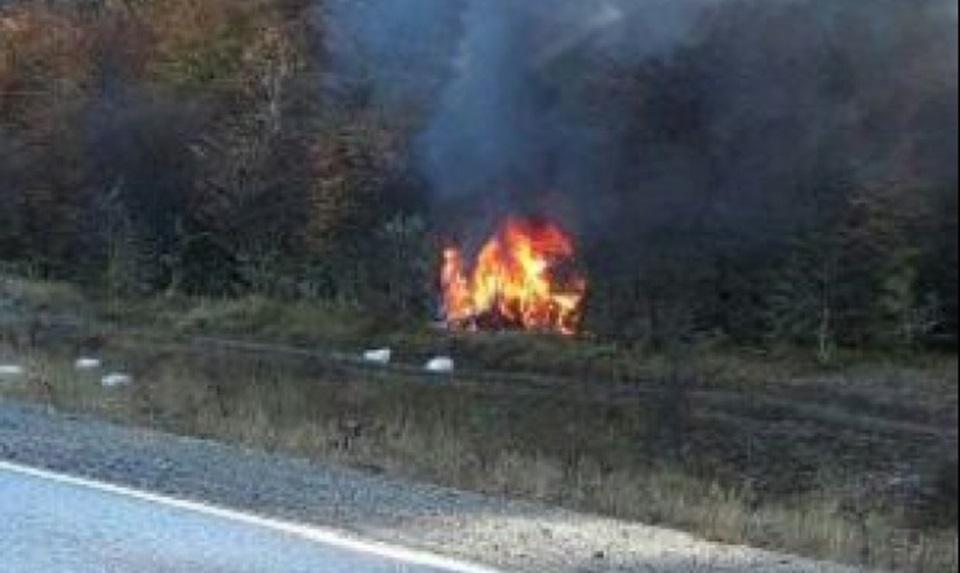 Despiste e incendio en la ruta