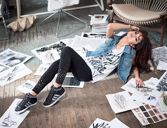 86b799b58c3 Lançamento da linha de Selena Gomez da coleção Adidas NEO