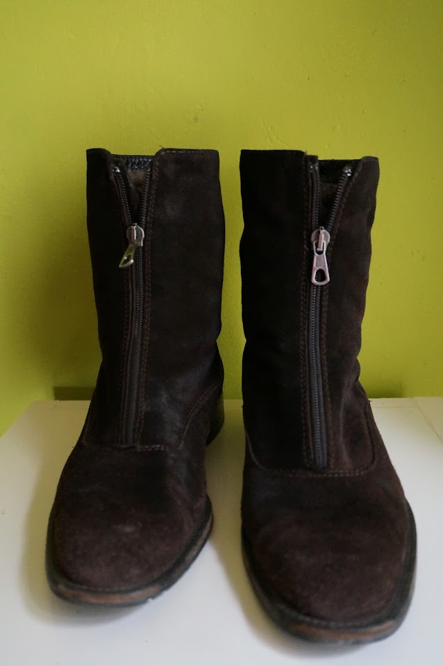lined boots 70s 1970s brown suede mid calf front zipper