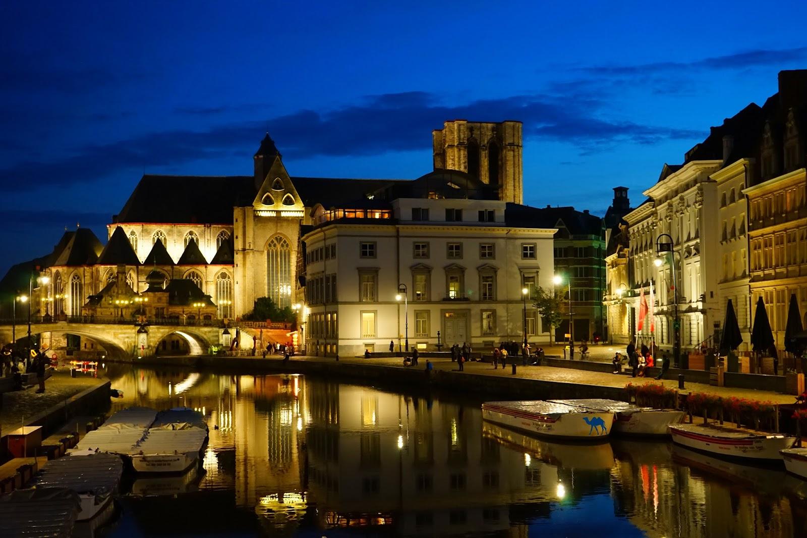 Le Chameau Bleu - Graslei By NIght Week end en amoureux à Gand Belgique