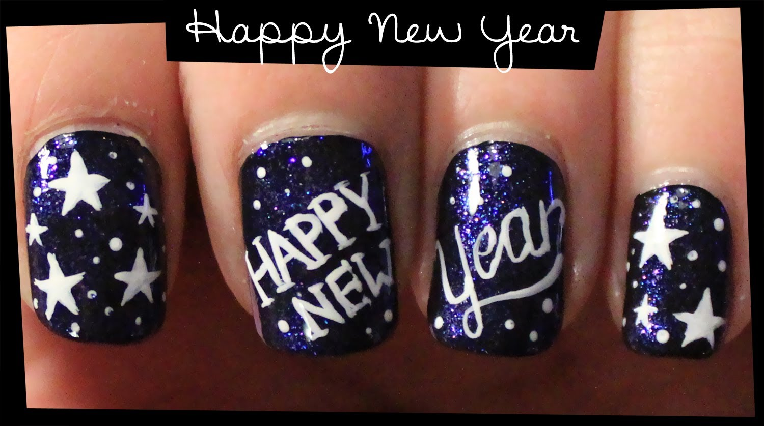Stunning Nail Art Ideas for New Year\'s Eve