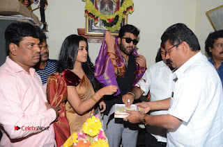Shatamanam Bhavati Team at Sandhya Theater  0134.JPG