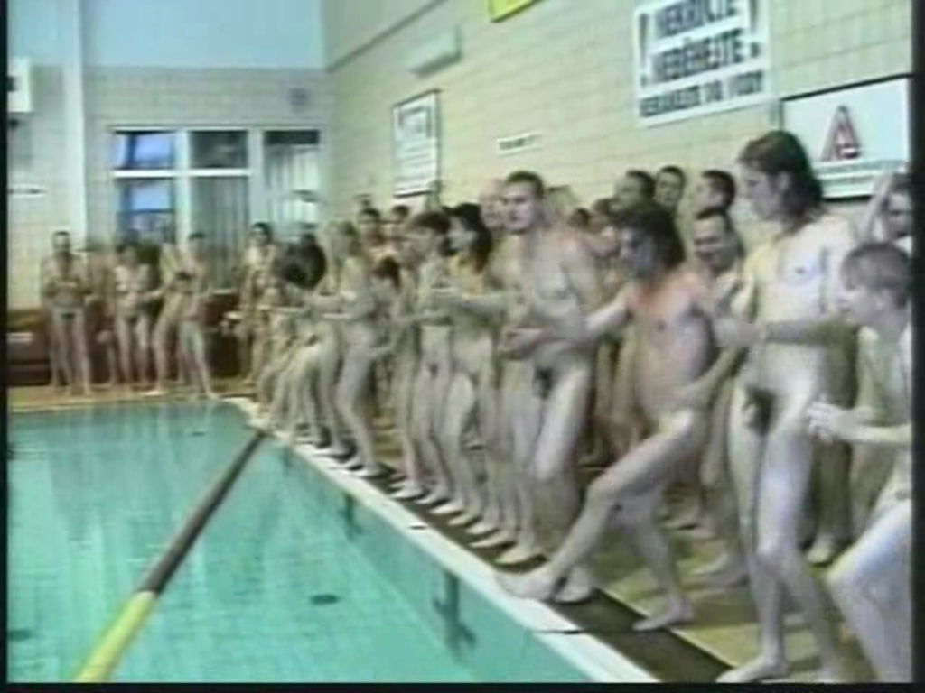Can Mixed swim team nude