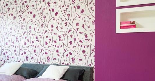 verliebt in zuhause beziehungsstatus auf der anderen betth lfte liegt staub. Black Bedroom Furniture Sets. Home Design Ideas