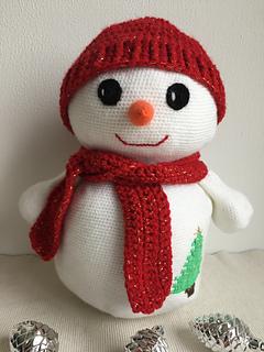 2000 Free Amigurumi Patterns: Large snowman