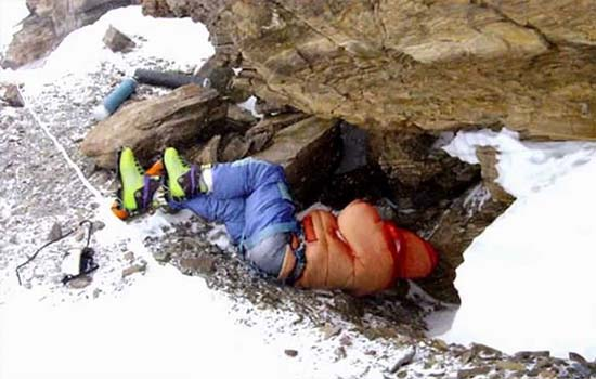 Kisah-Kisah Kematian Paling Menyedihkan Di Gunung Everest
