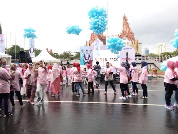 Ikut Fun Walk FEMME 2017 di Makassar Yanikmatilah Saja