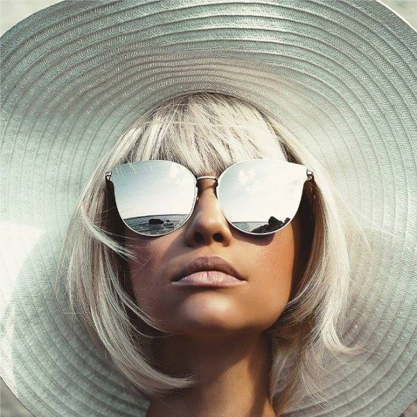a0e6f29258 Πώς θα ξέρεις αν τα γυαλιά ηλίου σου έχουν (καλή) προστασία από τον ήλιο