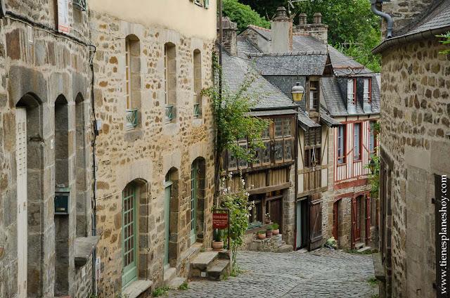 Organizar viaje Bretaña y Normandia Dinan