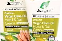 Logo Partecipa gratis e vinci Crema mani e unghie Dr. Organic