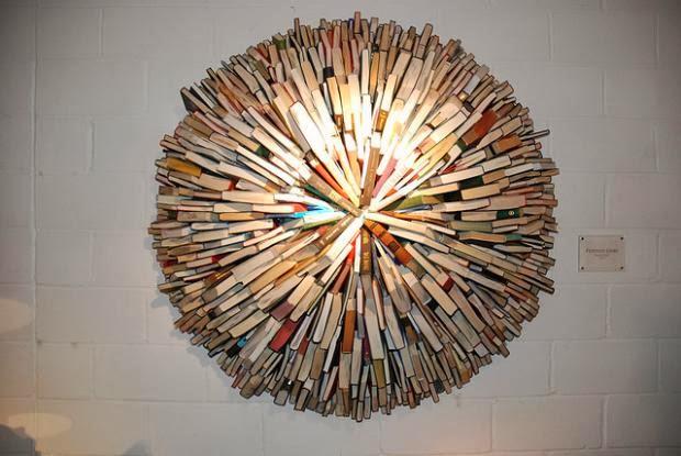 Hermosas esculturas hechas con libros