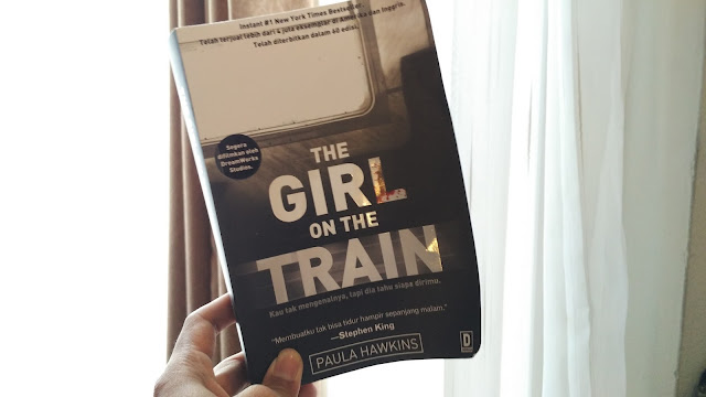Membaca Buku The Girl On The Train