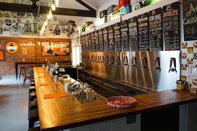 Bruna Garcia - Coluna 02: Comer e Beber por São Paulo - Ambar Cervejas Artesanais