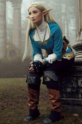 Professional Cosplayer Princess of Zelda manis model majalah pria dewasa