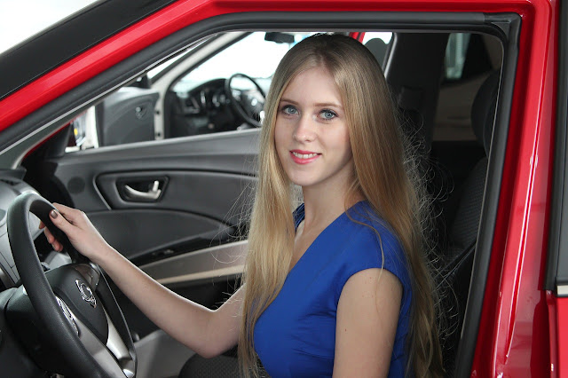 Car buying tips for women by barbies beauty bits and cars.com