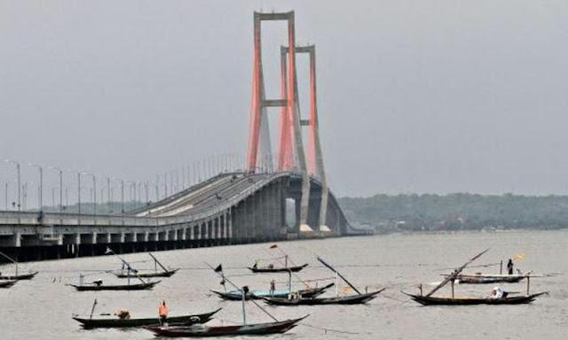 Terkuak! Jembatan Suramadu Gratis, Luhut Ingin Buka Perkebunan Tebu Seluas 330 Hektar di Madura