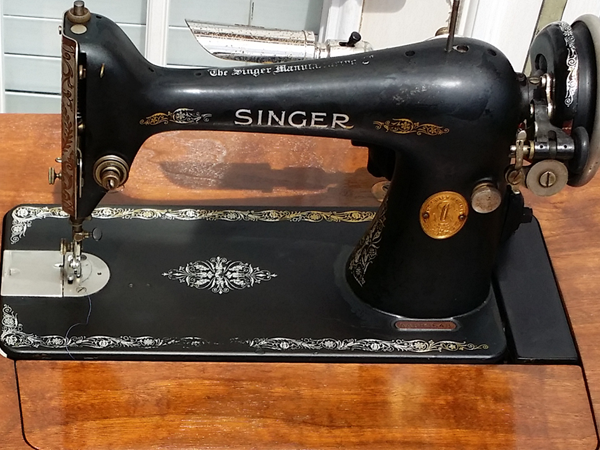 1926 Model 66 Singer sewing machine
