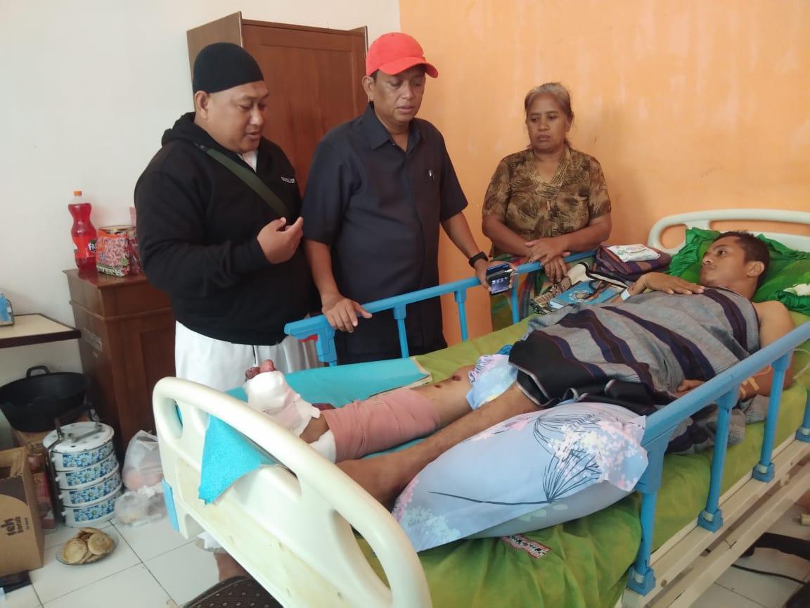Subhanallah, Ketua DPRD Sidrap Jenguk Korban Tabrak Lari asal Toraja di RS Nemal