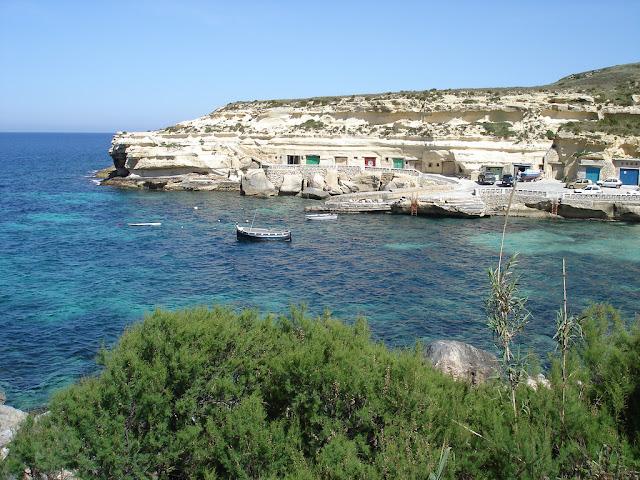 Dahlet Qorrot bay, gozo, malta
