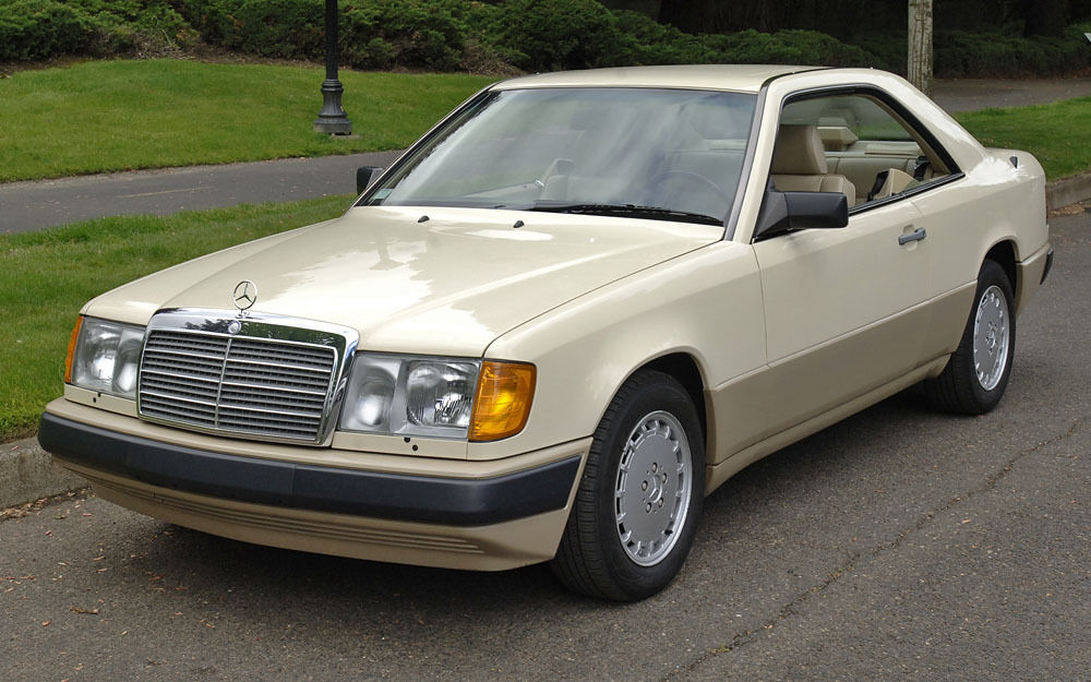 Daily turismo e class coupe 1989 mercedes benz 300ce c124 for 1988 mercedes benz 300ce