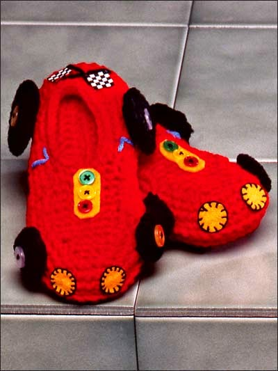 Free boys slipper crochet patterns Racing car slippers