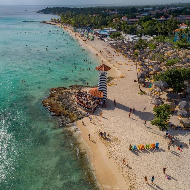 Playa Dominicus, Bayahibe, República Dominicana. (Foto: @montanaaerialfilms)
