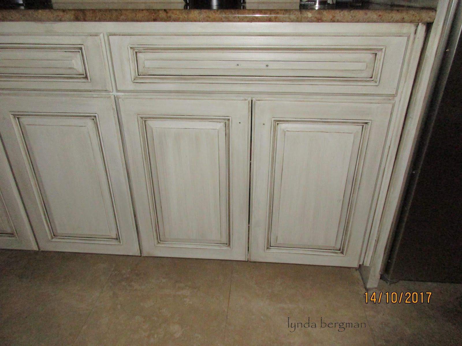 painting stained kitchen cabinets white lynda bergman decorative artisan painting darkly stained 24543
