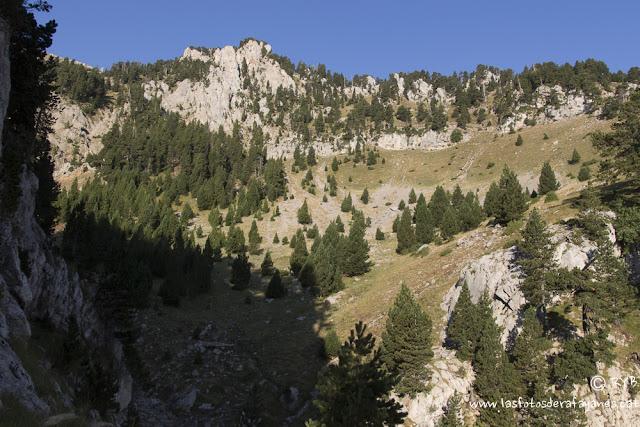 Ruta: El Pedraforca (2.506 m.) (Els 100 Cims)