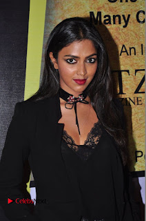 Actress Amala Paul Stills in Black Dress at South Scope Lifestyle Awards 2016 Red Carpet  0017.JPG