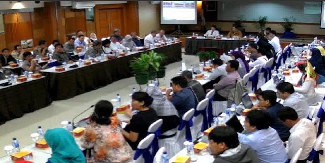 Kemendikbud: Penerimaan 6000 Guru PNS akan Disiapkan Pada Tahun 2017 untuk....