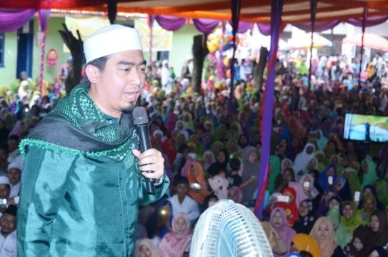 Hadirkan Ustaz Solmed, Ribuan Umat Muslim Ikuti Tabligh Akbar di Ponpes An Nur