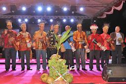 Warga Kota Jayapura Meriahkan Pembukaan Festival Teluk Humbold FTH X 2018
