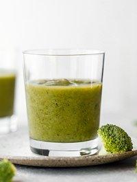 Jus brokoli campur apel wortel untuk diet