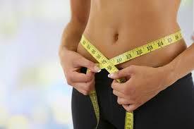 """<img src=""""adelgazar.jpg"""" alt=""""adelgazar es cuestión de hacer las cosas bien, mezclando ejercicio y una dieta hipocalórica"""">"""