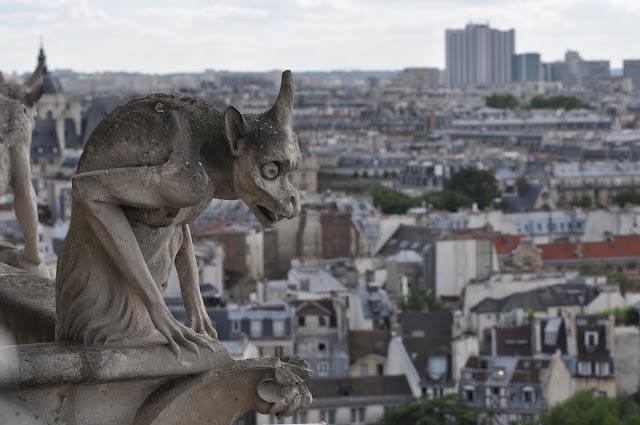 Widok z Katedry Notre Dame