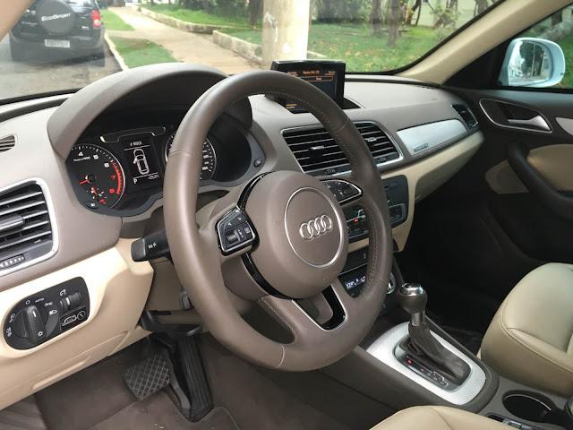 Audi Q3 Ambition x Ambiente: diferenças externas e internas