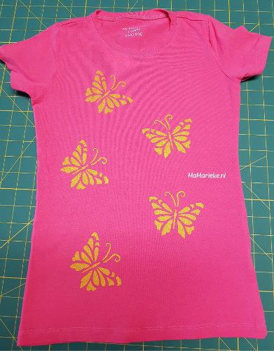 gezeefdrukte vlinders op tshirt