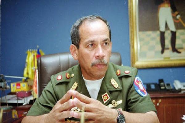 Detenido el general Víctor Cruz Weffer