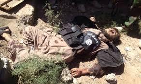 """عاجل مقتل أمير """"داعش"""" في الموصل القديمة داخل """"حفرة مجاري هذه نهاية الجرذان !"""