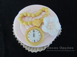 cupcakes watch wonderland