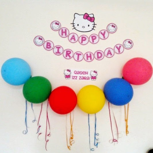 simple deco for hello kitty birthday party.