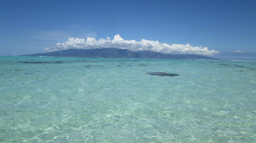 Tahiti vu de Moorea
