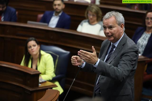 El consejero Sebastián Franquis convoca a las instituciones, partidos políticos, agentes sociales y económicos a firmar el Pacto por la Vivienda Digna en Canarias a finales de febrero