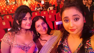 Subhi Sharma, Rani Chatterjee and more celebs at the Bhojpuri Film Award 2016 in Mumbai.