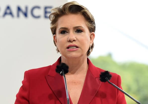 Grand Duchess Maria Teresa of Luxembourg, wore a red blazer and trousers, pantsuits by Emporio Armani
