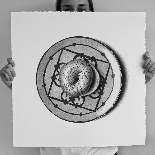 02-Bagel-C-J-Hendry-Hyper-Realistic-Drawings-of-Food-www-designstack-co